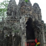 South Gate, Siem Reap, Vietnam-Vietnam and Cambodia tour 12 days