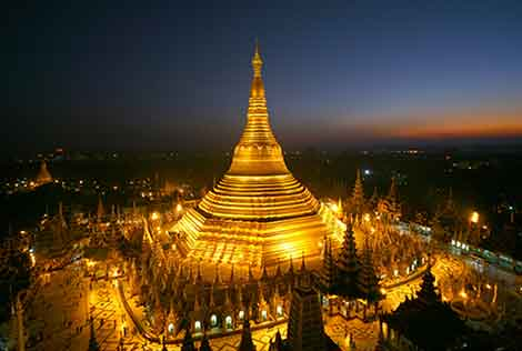 Top ten attractions in Myanmar holiday packages: Shwedagon Pagoda