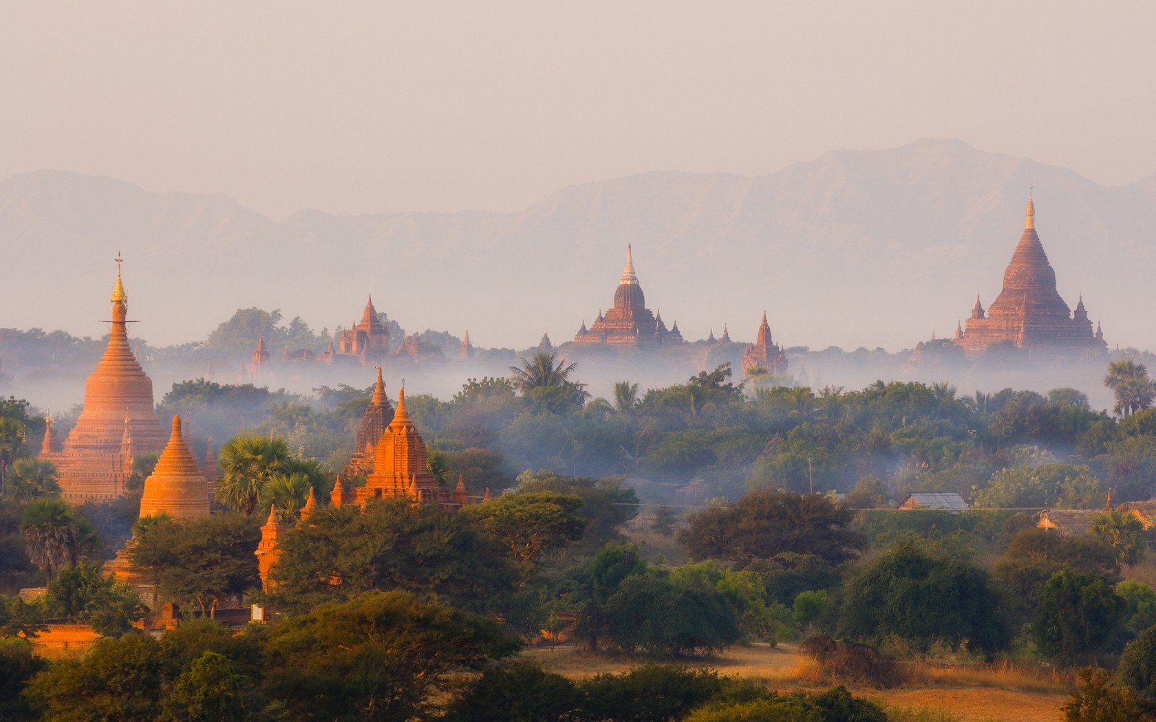 Top ten attractions in Myanmar holiday packages: Bagan