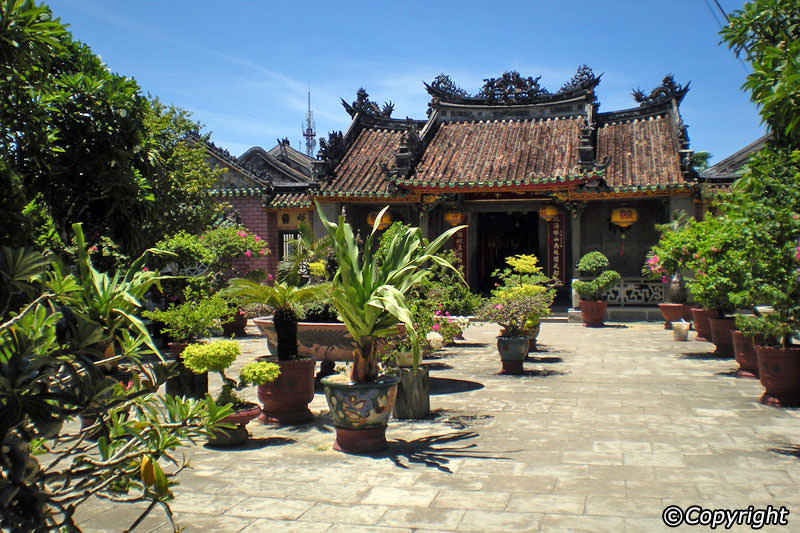 must-go destinations in Hoi An holiday package: Hoi An museum of history and culture